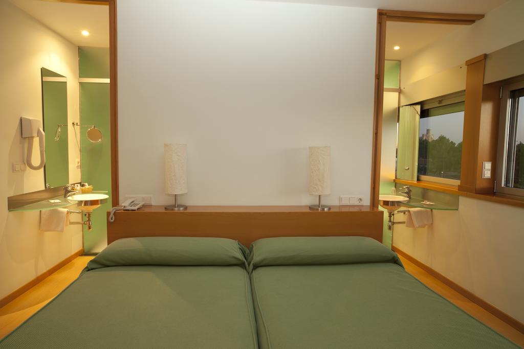 hotellosrosales