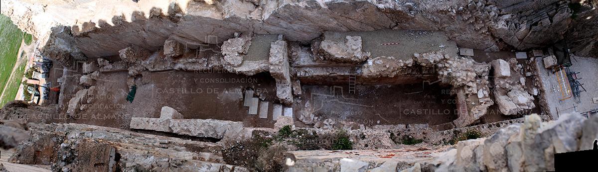 2. Vista desde el aire de todo el área de excavación.